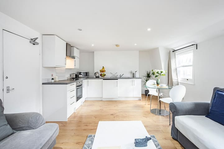 Stylish Apartment Central London