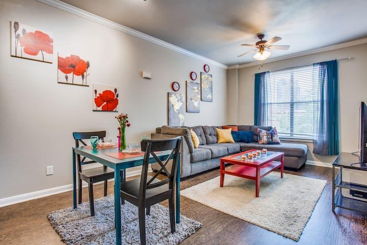 Historic/West End Dallas Apartment
