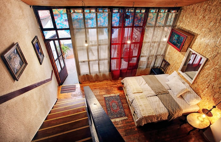 Romantic House for TWO - HOUSE ANCIENT PLOVDIV