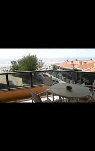 Apto. amplo à beira-mar de Capão - Capão da Canoa - Appartamento