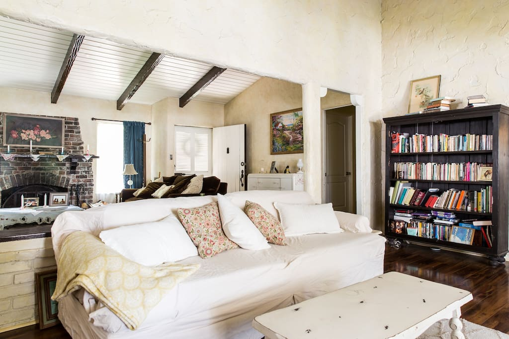 double living area- high ceilings