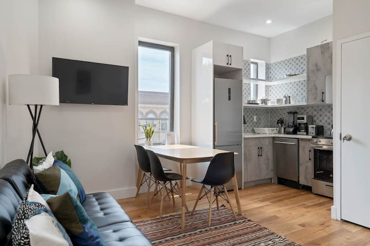 Brand New 4BR apt near M train