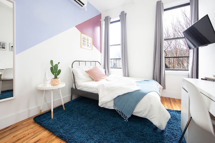 Modern Private BR in Fort Greene Cumberland 3L-2