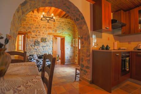 Greek House – Village House - Monolithos - Hus
