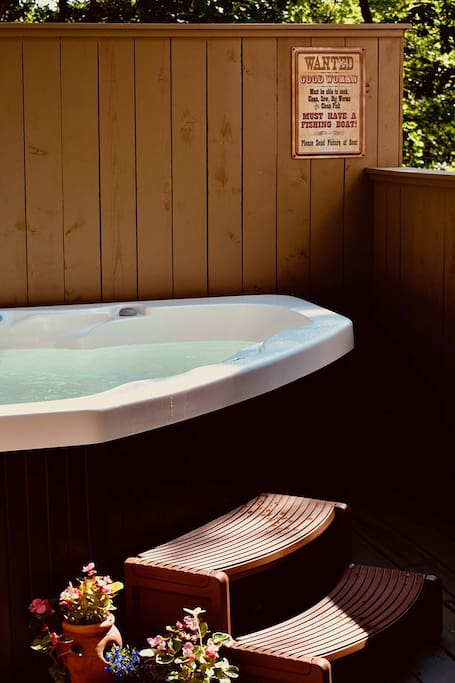 BLH.loft hot tub copy