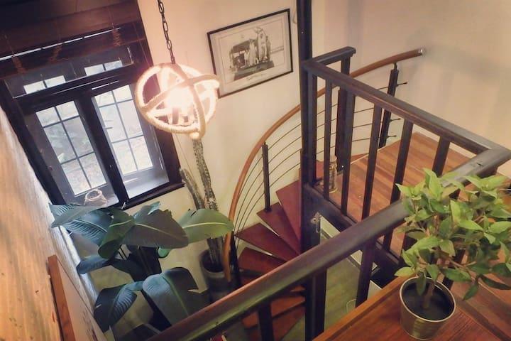 【火烈鸟之梦】法租界迷你复式西班牙小公寓