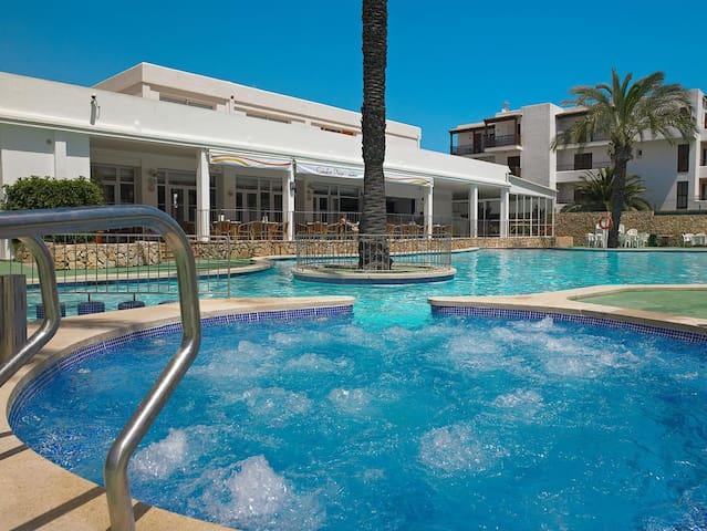 Appartement dans résidence avec piscine 8-12 mai - Santanyí - (ไม่ทราบ)