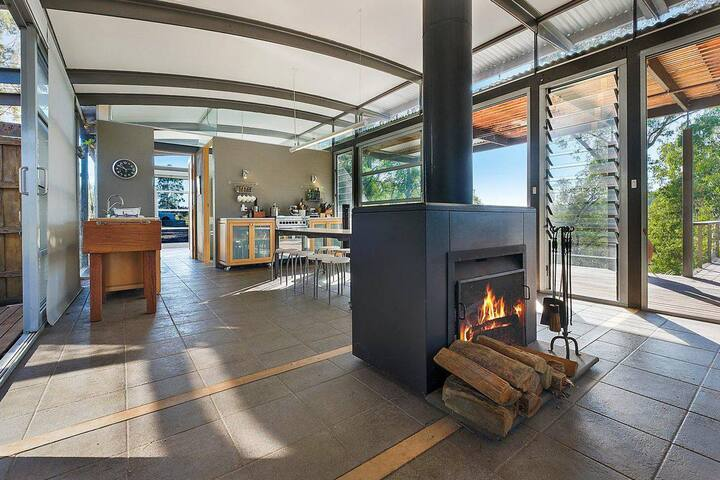 Howes Valley Hideaway - Edge of the Wild