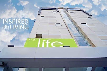 The Life Hotel - Surabaya