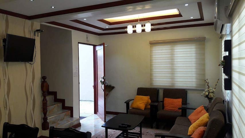 FULLY FURNISHED 3B-ROOM WITH WIFI,GOOF FOR 6-10PAX - Cavite City