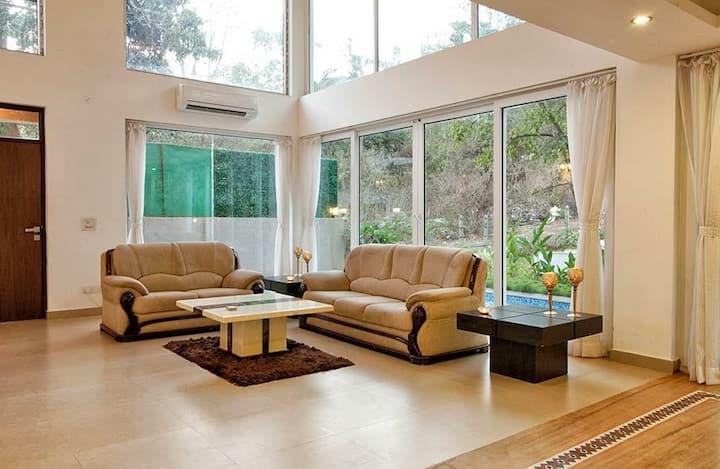 4 BR villa with Private Pool near Baga Beach