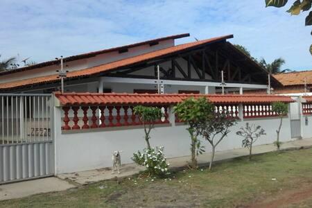 Linda casa de praia familiar em Marudá