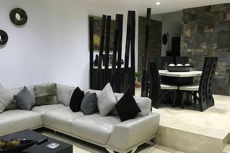 Habitaciones en casa de lujo - Dom