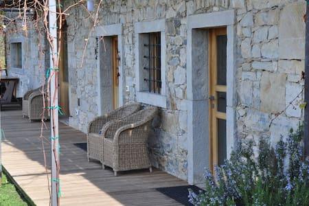 Casolare Poiana - attico 70 mq. ingresso autonomo