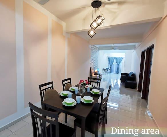 Simple Modern 3R2B Apartment