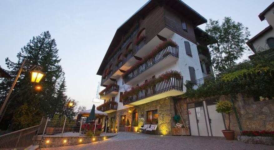 Beautiful Hotel Room - Castione della Presolana - Bed & Breakfast