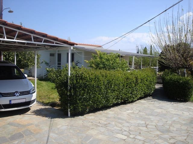 3 bdr country house 600m from the beach, Eretria - Magoula - Vacation home