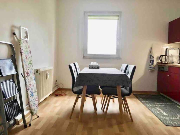 Beautiful flat with a big kitchen in Nippes