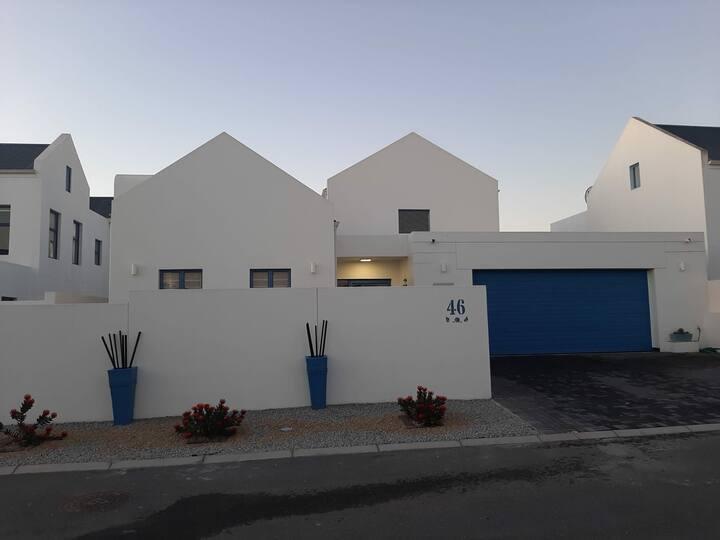 Blue Lagoon Beach House