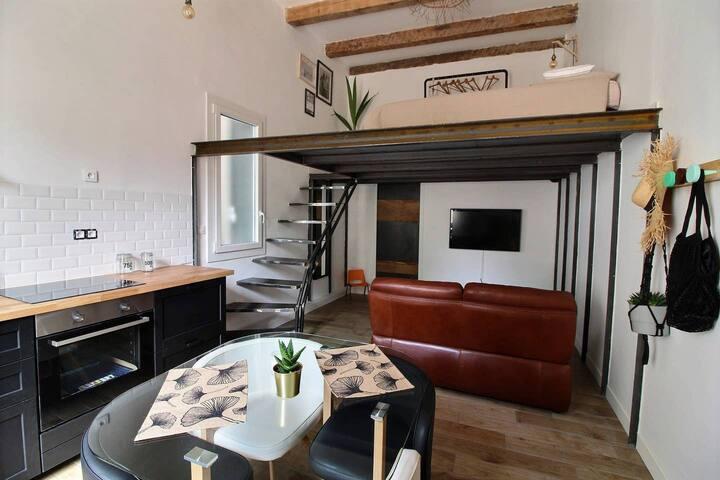 Loft Vieux Port Notre Dame - La Girelle