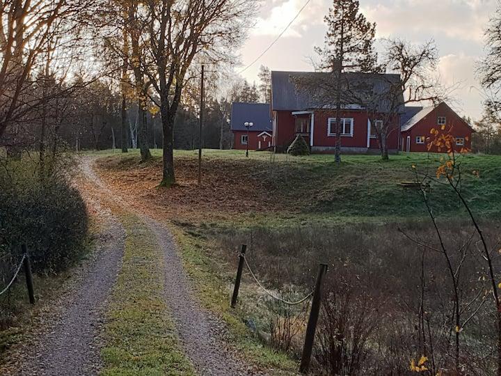 Idyllisk svensk sommerhus/ødegård