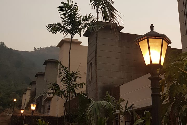 PLUSH, hill- top VILLA near Lonavala and  Mumbai