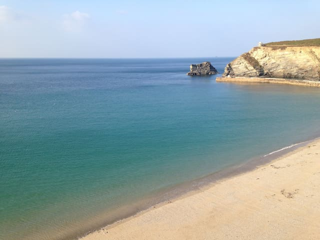 Sunny house with sea glimpses - Portreath - House