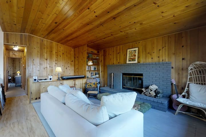 NEW LISTING! Retro-chic, dog-friendly home w/ a large deck & mountain views