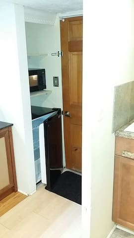 Refrigerator below microwave