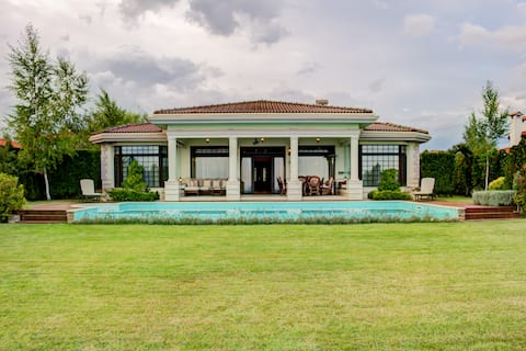 Private Villa Blacksearama Golf Resort