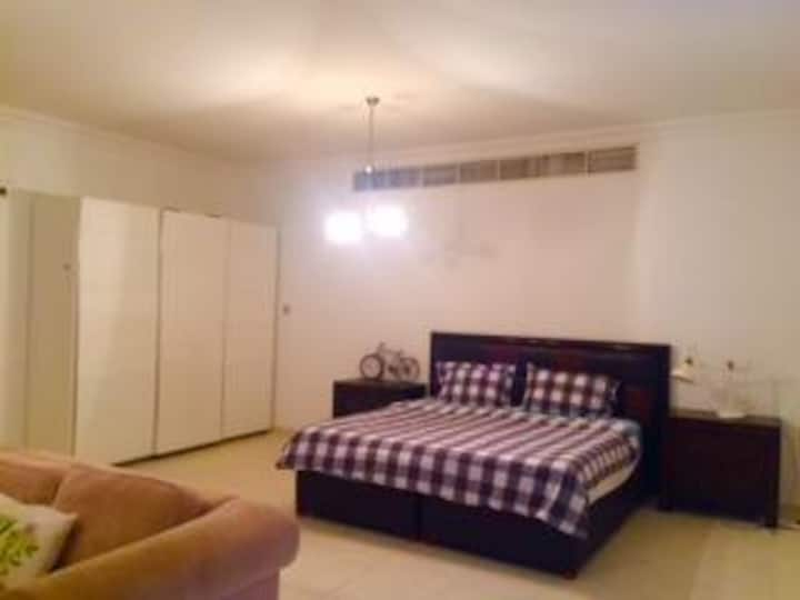 The best deal of the day-huge bedroom in Dubai !!!