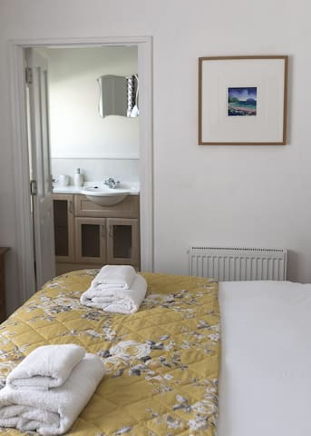 Millview Private Room 4 Twin Ensuite Ullapool