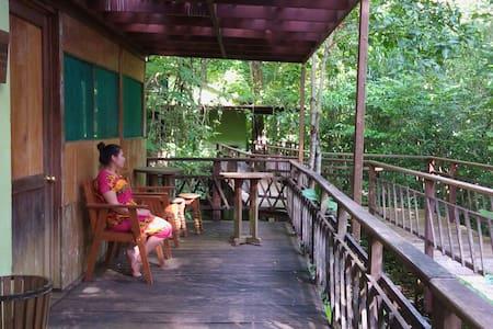 centro ecoturistico cueva del tejon