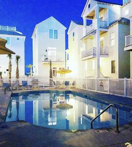 Relax and Enjoy! Luxury Key West Style Beach Home!