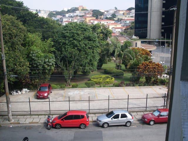 Apto 50 metros do Metrô próximo ao Expo São Paulo