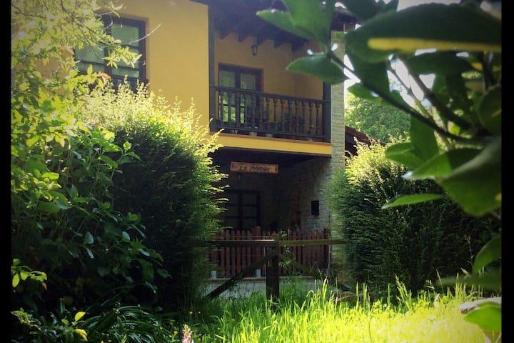 Casa vacacional en Asturias, de 6 personas.