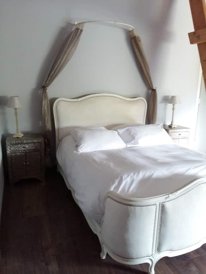Chambre mille et une nuit au Clos du Mont d'Hor