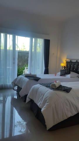 Twin bed room at EL STUDIO