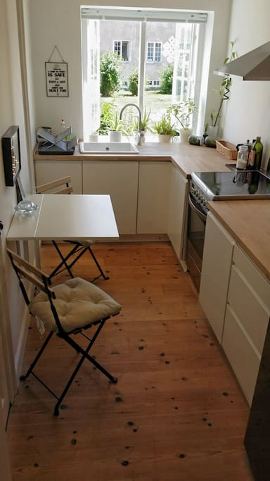 Kitchen with foldable table