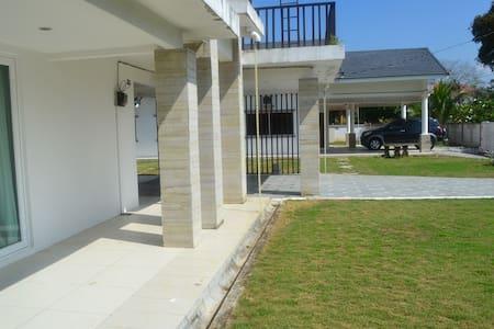 PD Villa Homestay - Port Dickson - Villa
