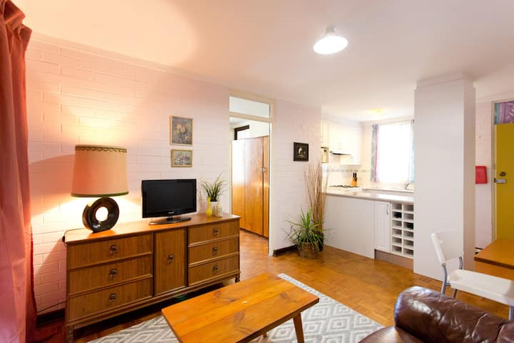 The Local - Central Fremantle Apartment