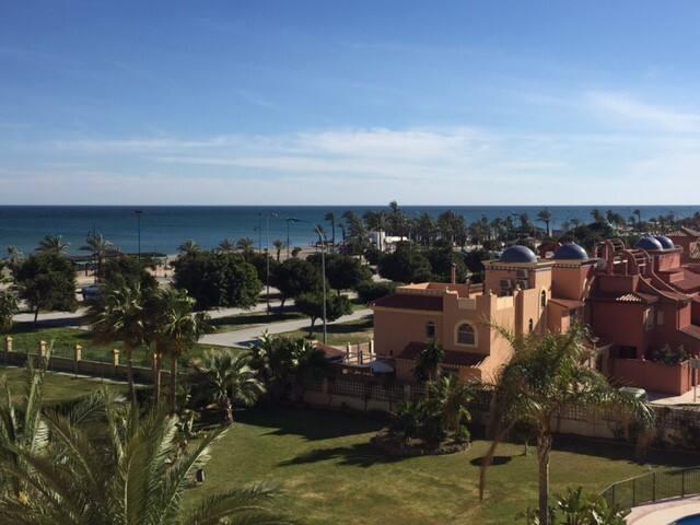 Lujo y playa en Torremolinos