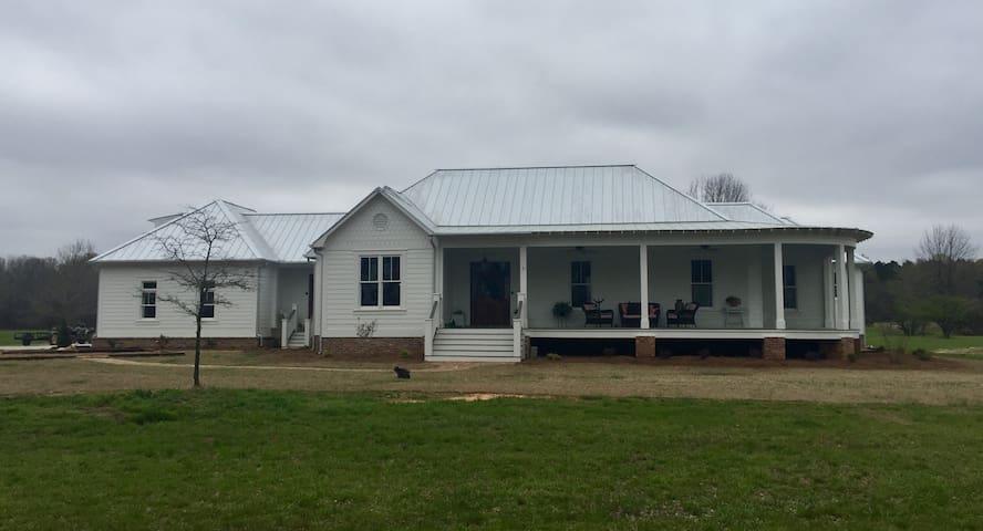 The Farmhouse at Oak Grove Farm II