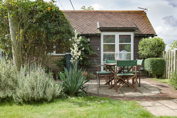 Charming cabin in South Downs - West Harting - Kulübe