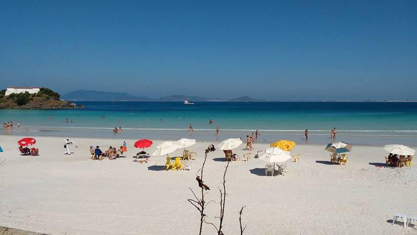 Praia do Forte - Cabo Frio - Até 6 pessoas