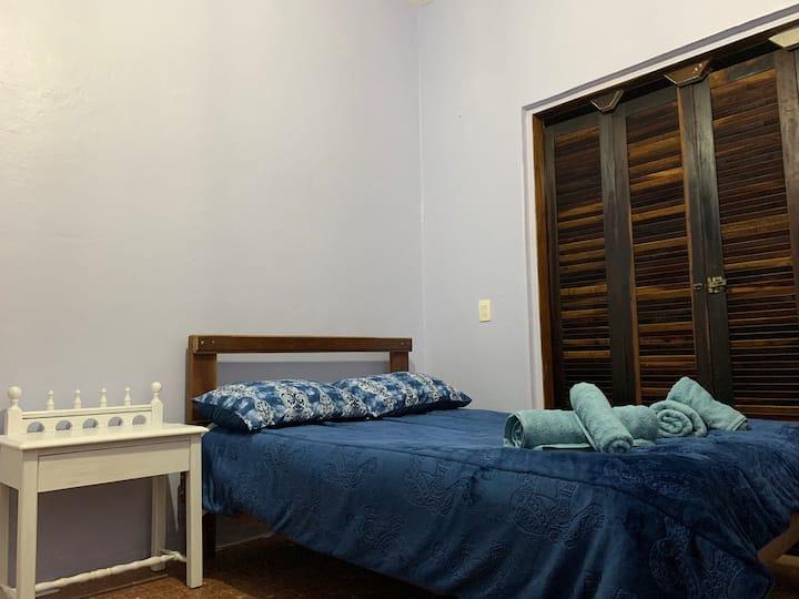 Casinha Completa Confortável no Centro de Ubatuba