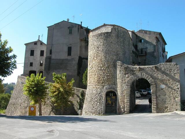 Relax, casa con vista nell'antico borgo di Tarano
