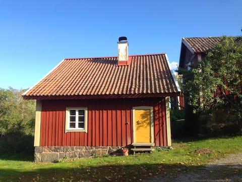 Trollstastugan - 1700-talshus med vacker utsikt
