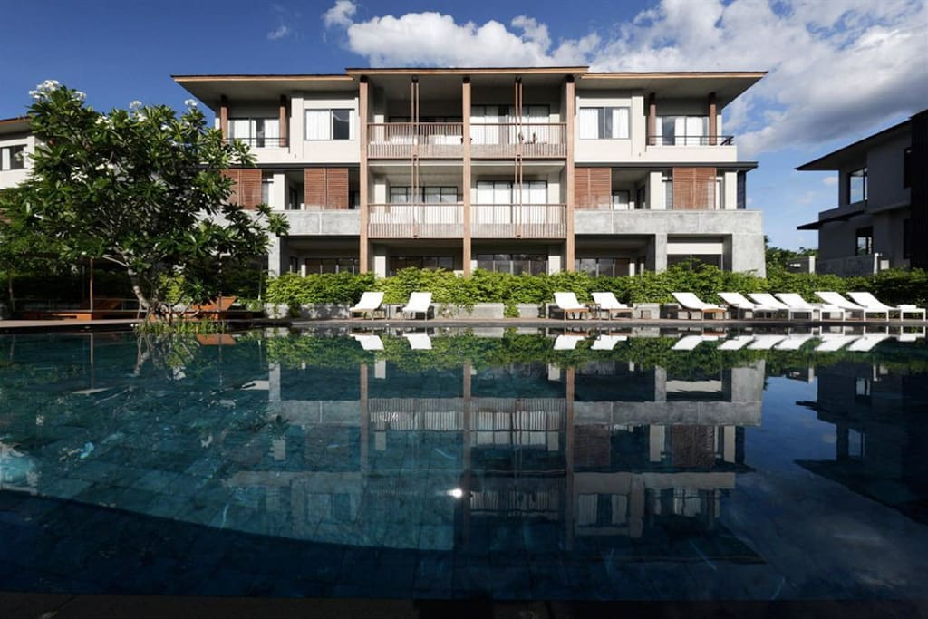 The Poolside Suite, located centre ground floor, overlooking the Residences private pool