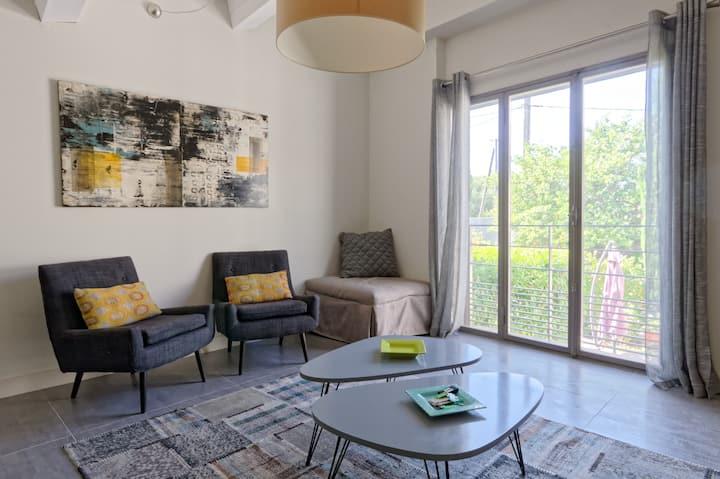 Hugo Private apartment